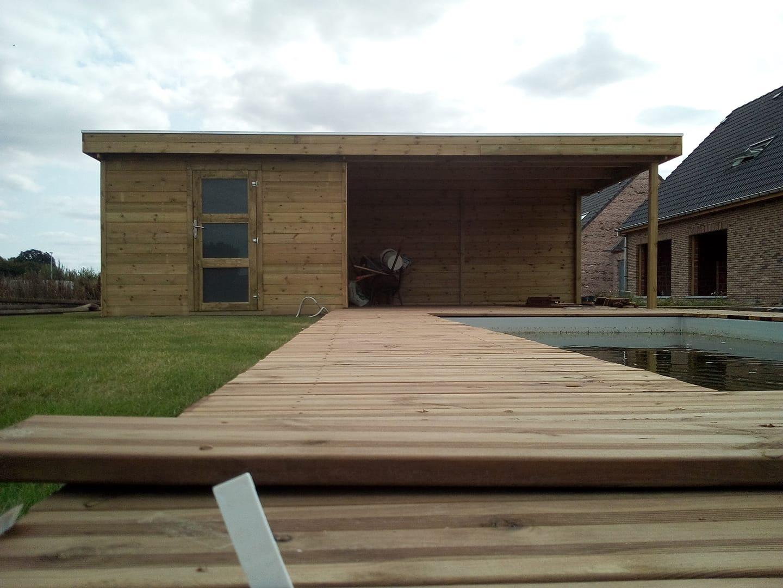 chalet en bois moderne et terrasse pour piscine chez maxichalet à Rumes
